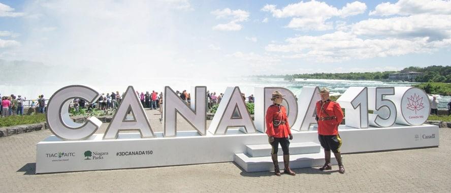 Canada 150 Niagara Parks Sign